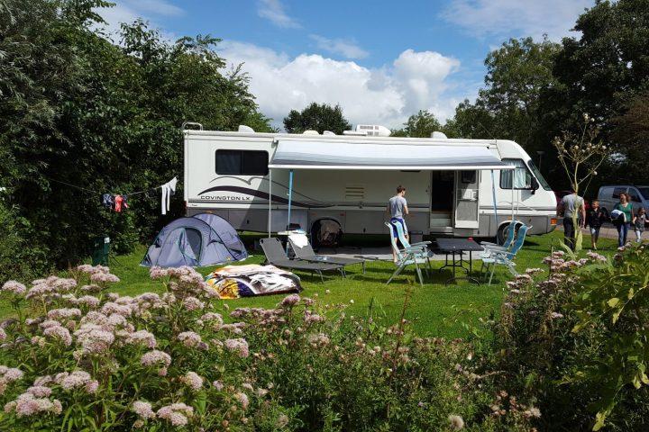 Kampeerplaats voor grote campers