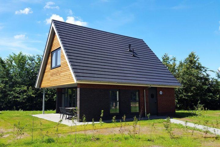 Modern vakantiehuis met overdekt terras